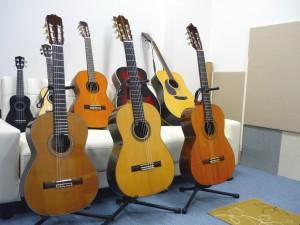 ウクレレ&クラシックギター&アコースティックギター